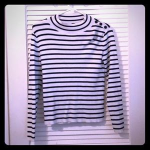 White House Black Market B/W Sweater shirt